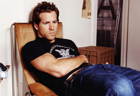 Ryan Reynolds Workout Program on What Is The Workout Program For Ryan Reynolds    Foilball Com